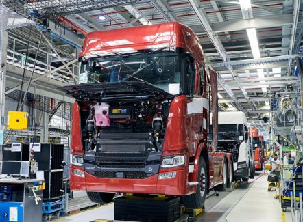 Scania hervat productie in Zwolle