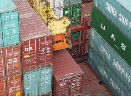 Kunnen de dalende vrachttarieven positief zijn voor de expediteurs?