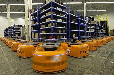 Amazon, de e-commerce gigant, vereenvoudigt de supply chain door middel van haar KIVA robots