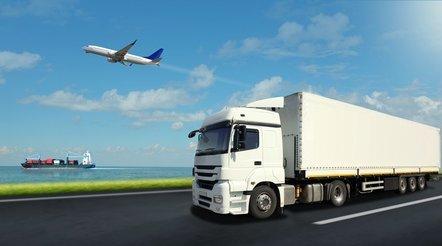 Transport en Logistiek: tekort aan kandidaten in een sector waar meer dan 85% van de werknemers tevreden zijn.
