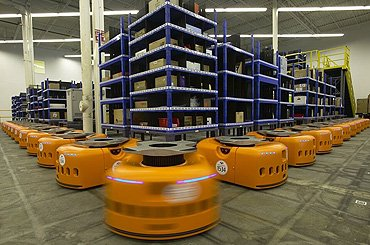 Amazon, de e-commerce gigant, vereenvoudigt de supply chain door middel van haar KIVA robots