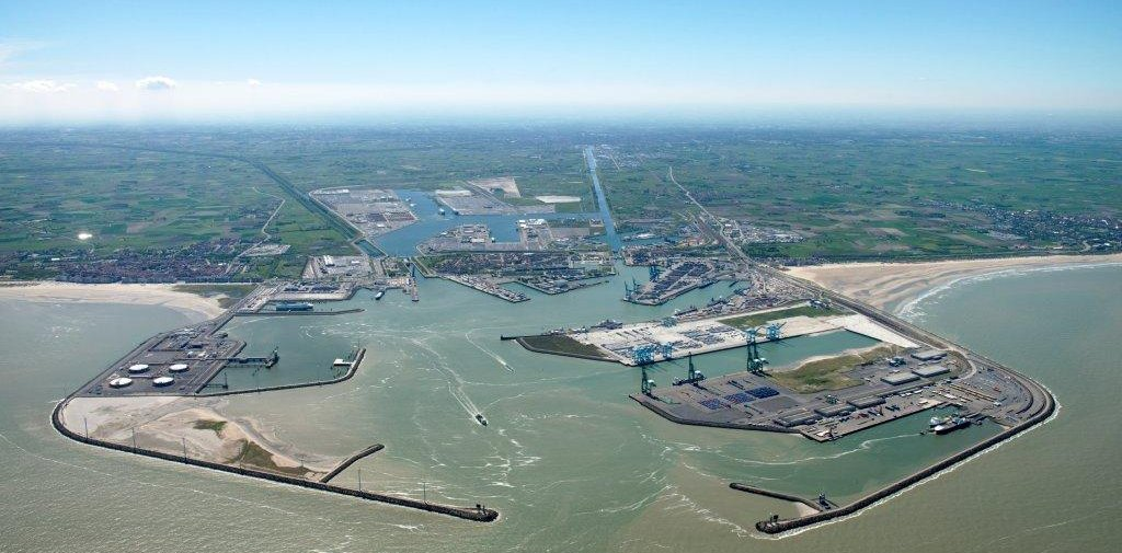 A Short Introduction to the Port of Zeebrugge